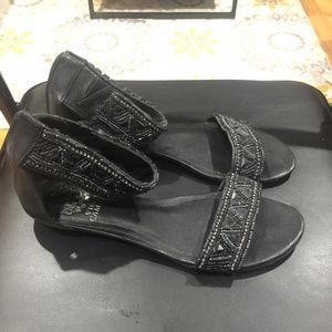 Vince Camuto Women's Black Sandals Size 6.5